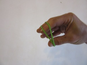 Starting position for finger extension exercise